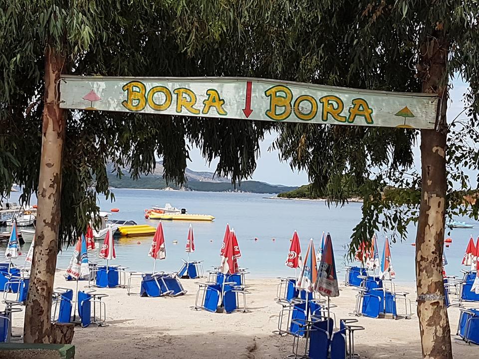 https://www.albatrostours.net/images/ALBANIA_montenegro/Albania-Ksamil-plaj-Bora-Bora.jpg