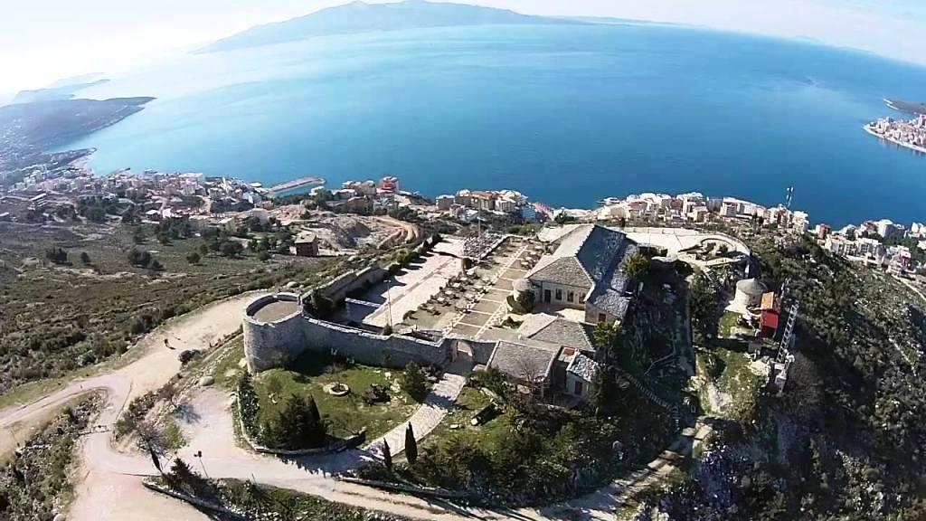 https://www.albatrostours.net/images/ALBANIA_montenegro/Albania-Saranda-zamak-lekurasi-aerial-THE-BEST.jpg