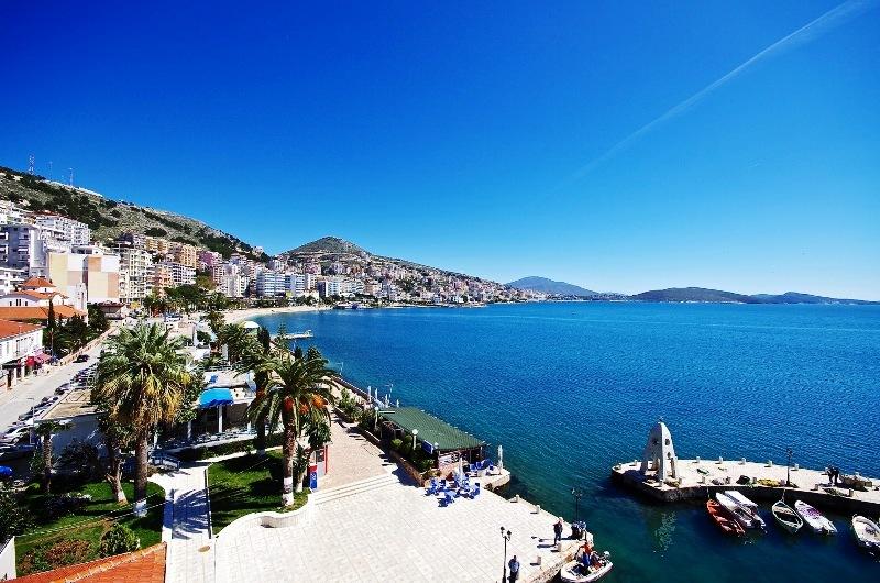 https://www.albatrostours.net/images/ALBANIA_montenegro/albania-saranda-kraibrejna.jpg